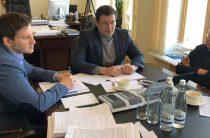 Губернатор и первый замминистра строительства РФ обсудили проблемы судоходства на Волге