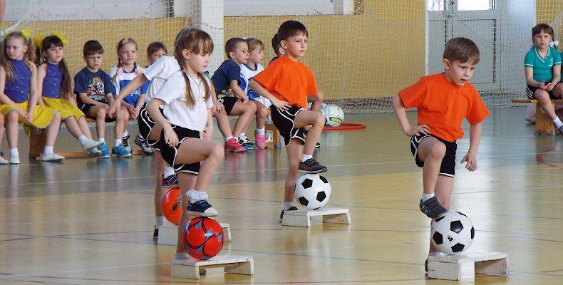 Пас, навес, удар и гол — в детский сад пришел футбол!