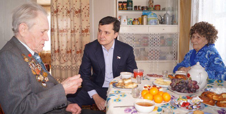 Денис МОСКВИН: «Мы должны заботиться о ветеранах не только в праздники»