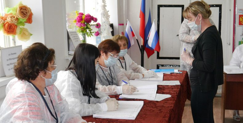 Почти 80 процентов нижегородцев поддержали изменения в Конституцию России